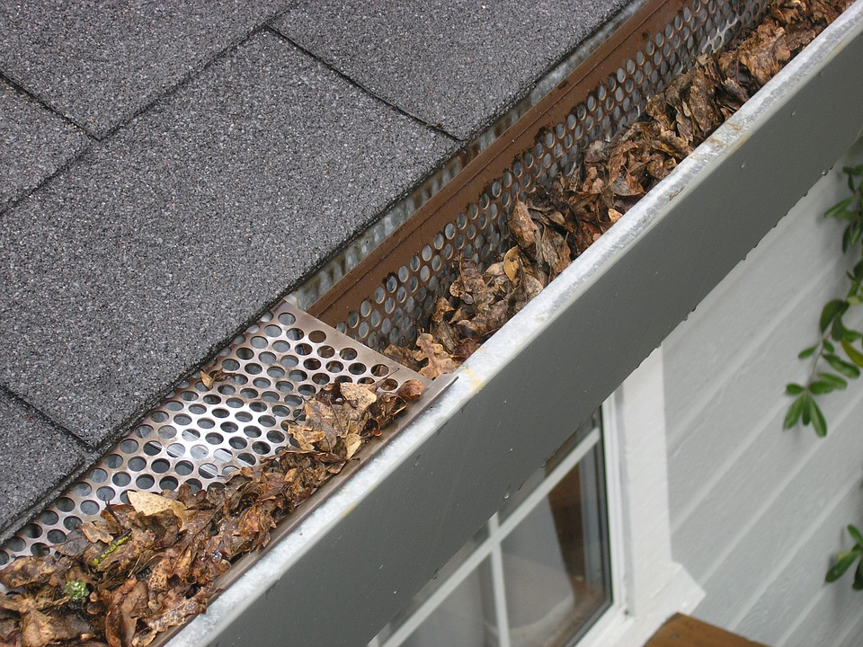keep roof winter ready by cleaning debris