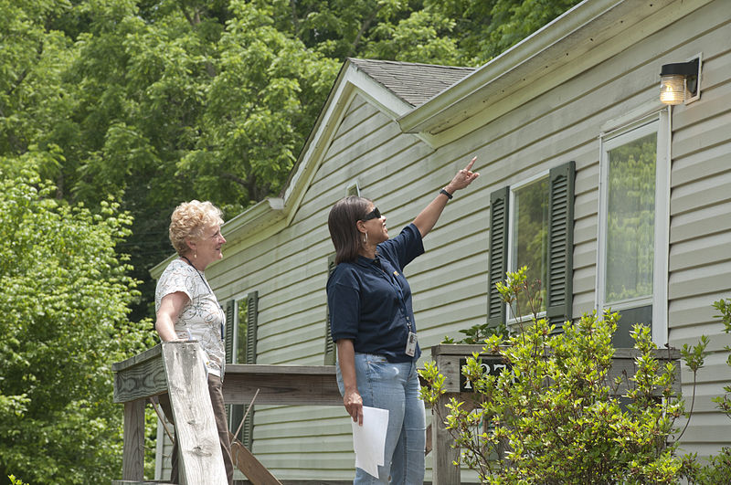 inspect your roof-make your roof ready for summers